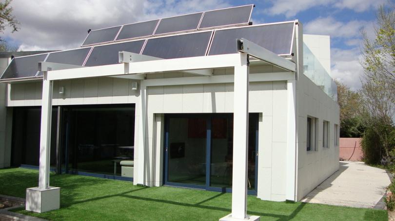 Primera casa autosuficiente sin facturas de agua ni luz ya es una realidad