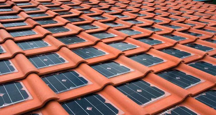 Tejas fotovoltaicas energía limpia para las viviendas